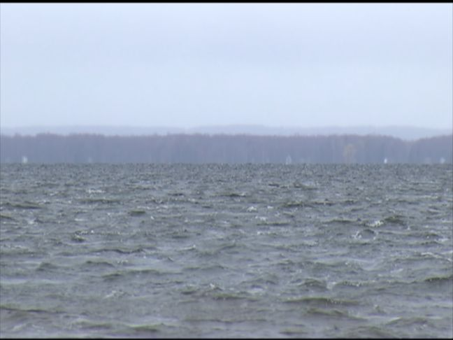 sights and sounds windy day on houghton lake. Black Bedroom Furniture Sets. Home Design Ideas
