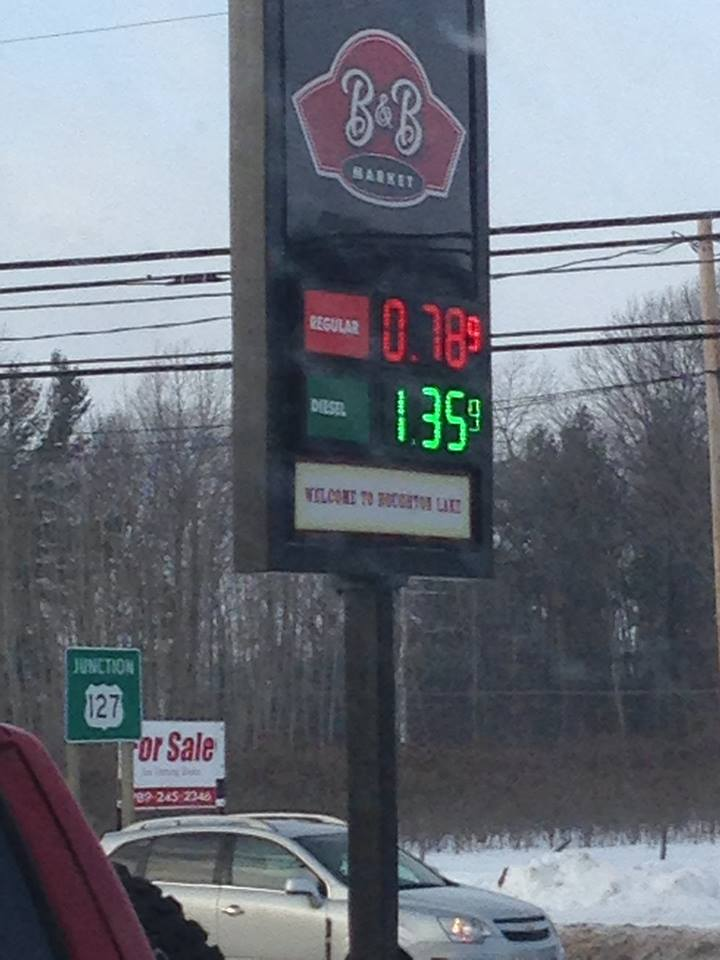 Cheapest Gas Prices >> Houghton Lake Gas Prices Drop Below One Dollar