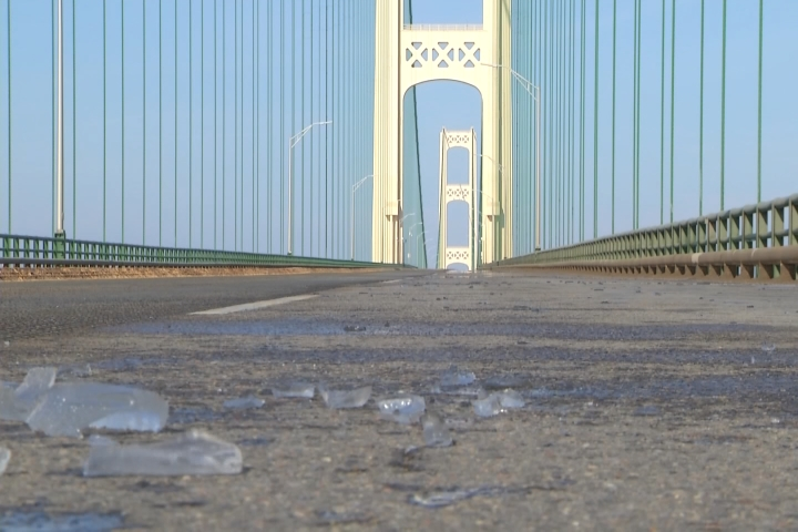 CLOSED: Mackinac Bridge to stay closed overnight