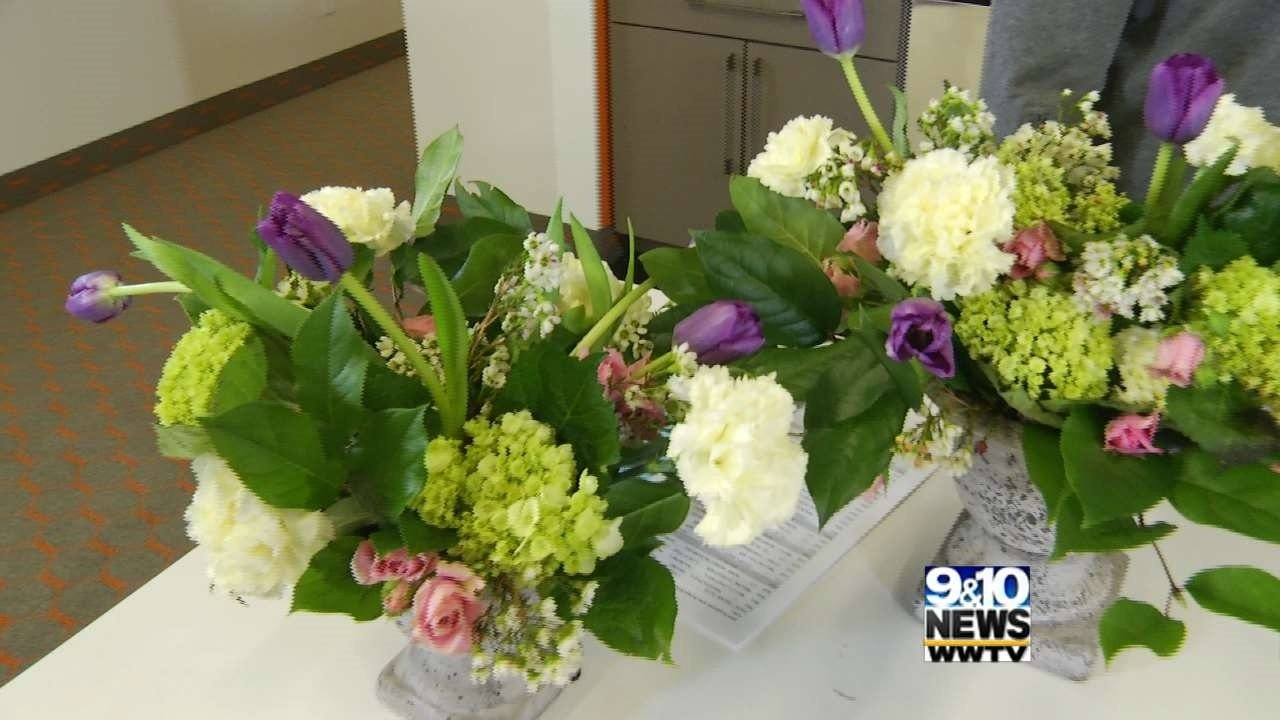 Beautiful Flowers On A Budget Weddings 9 10 News