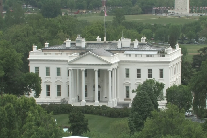 Woman crashes vehicle into White House security barrier