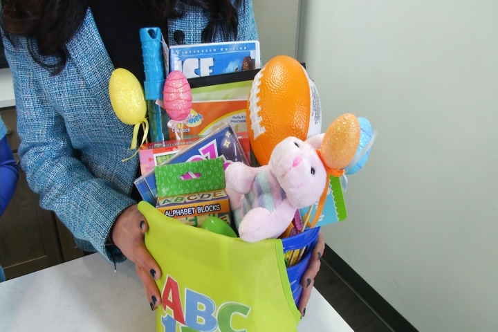 Wellness for the family healthy easter basket ideas 9 10 news of course chocolate is wonderful and jelly beans are great but they all come with calories and fat and things you dont want too much of negle Gallery
