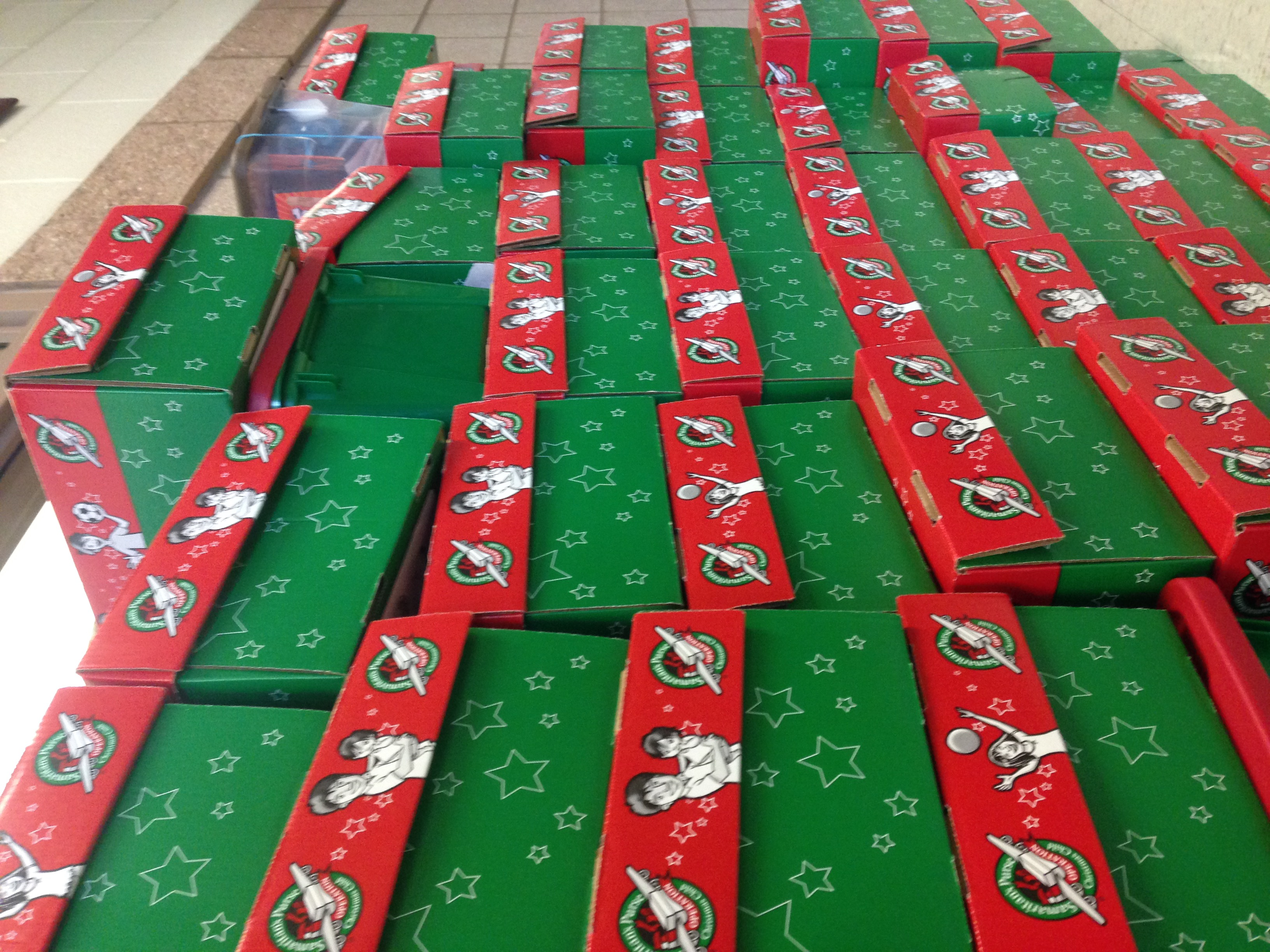 Christmas Child Boxes.Operation Christmas Child Packing Gifts For Families In Need
