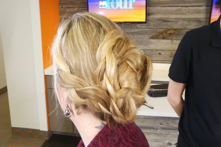 Easy Holiday Hairstyles Kirtland Community College 9 10