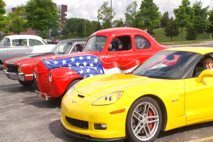 National Cherry Festival Hosts Classic Cars Cruise - 9 & 10 News