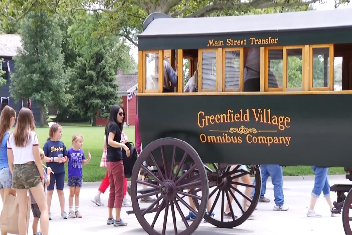 Michelle in the Motor City: Greenfield Village - 9 & 10 News