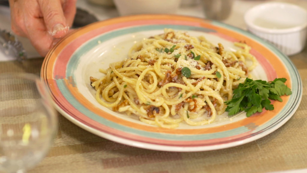 Angel Hair Pasta With Chanterelles And Walnut Ricotta Sauce 8