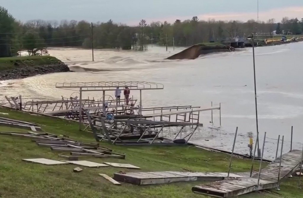 Failed Edenville Dam's License Revoked In 2018 For Failure To Increase Spillway Capacity