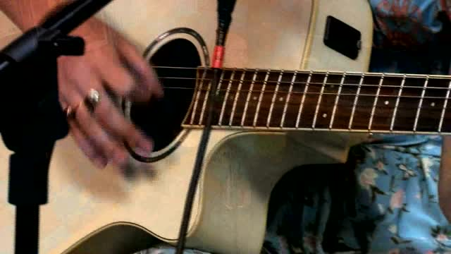 """The Four Friday Sessions: (full Version) Kasey Vass Performs """"i'll Be Going"""""""