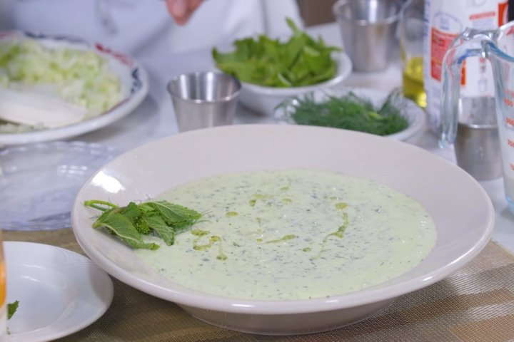 Chilled Cucumber Spinach Gazpacho.mp4