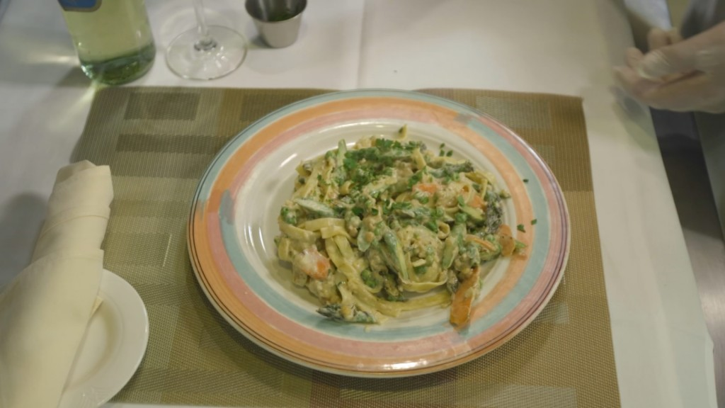 Pasta Primavera With Creamy Vegan Nut Sauce.mp4