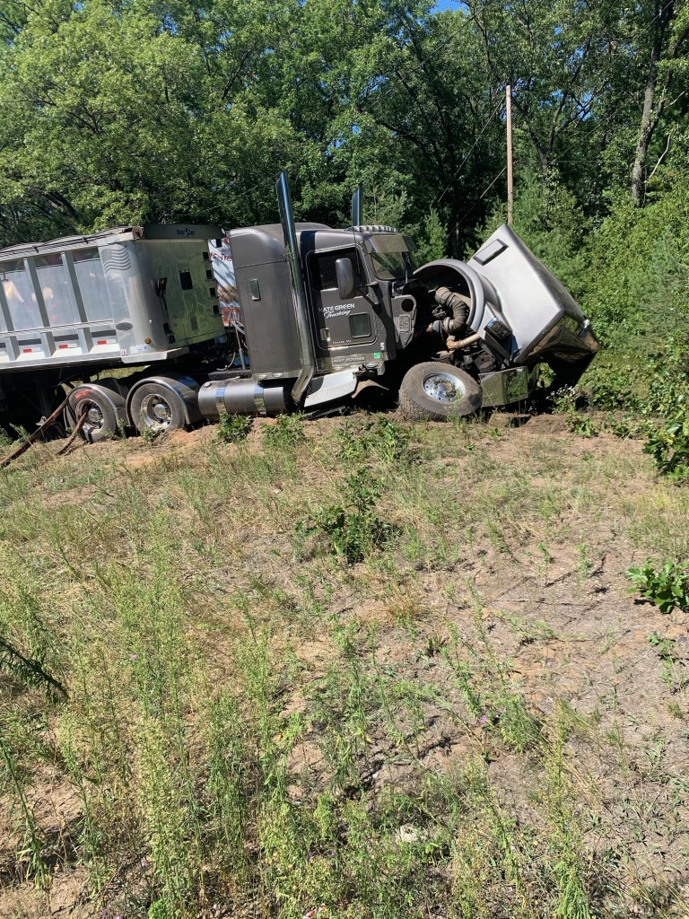Filer Twp Semi Crash3