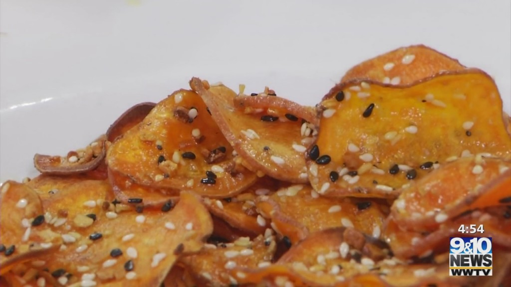 The Four: Michelle Cooks: Sweet Potato Everything Bagel Chips