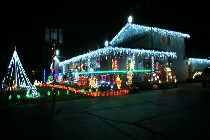 12 11 20 Ss Awesome Clare Lights.mov