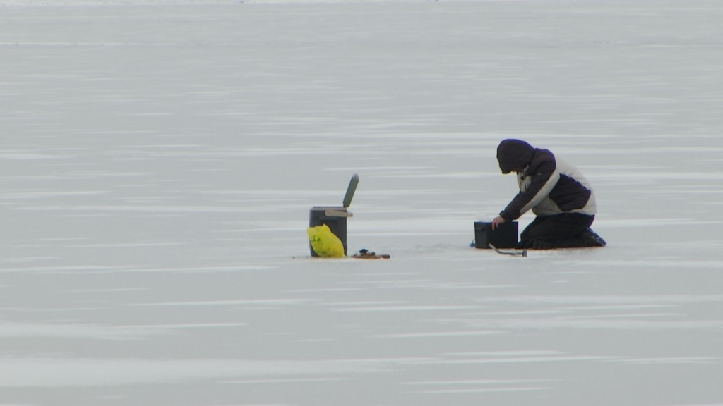 Hook And Hunting Ice Fishing School Vo.transfer