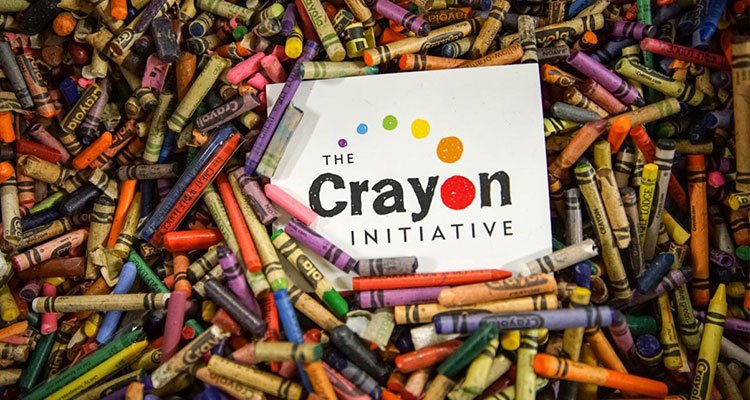 Crayons Featured
