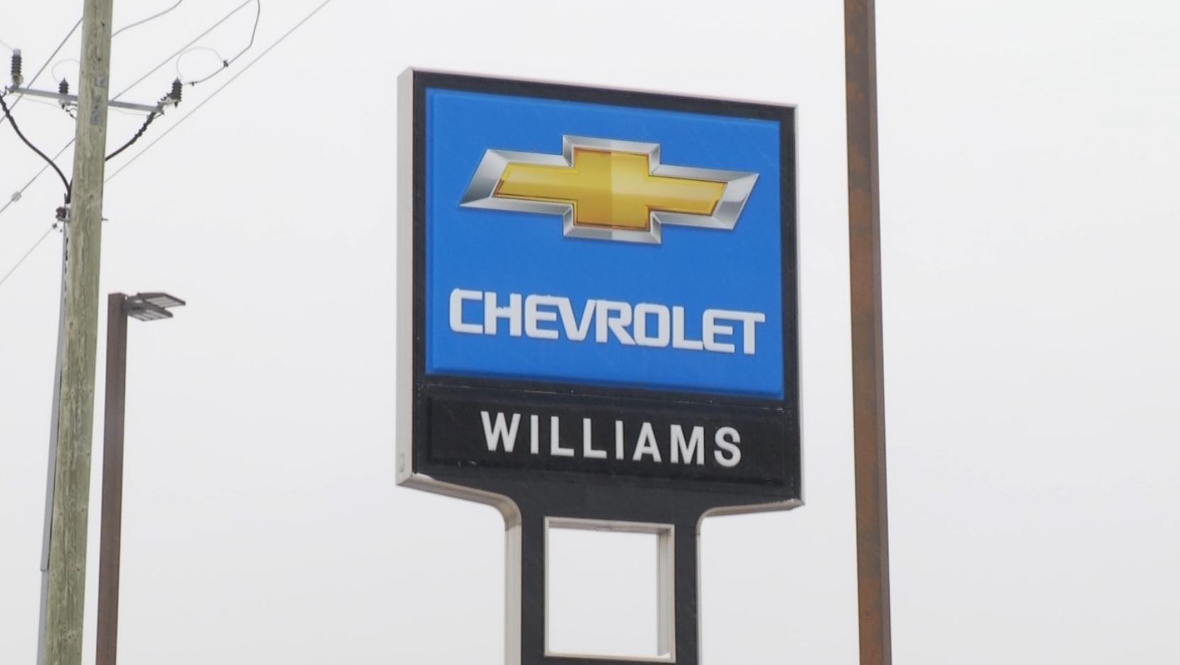 Williams Chevrolet Partners With The Salvation Army For Food Drive 9 10 News