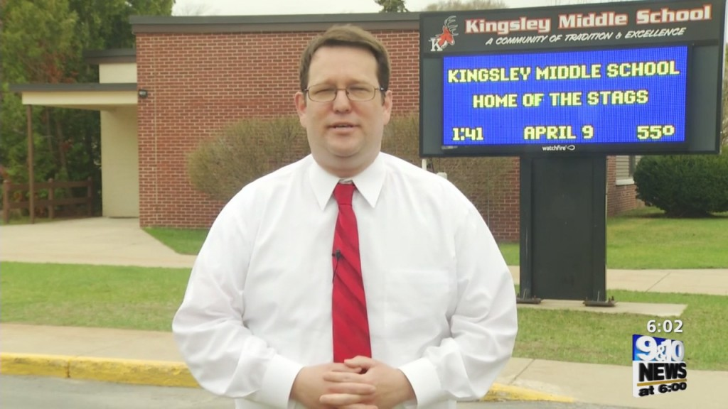 Schools React To Governor's Suggestion For Voluntary Closing
