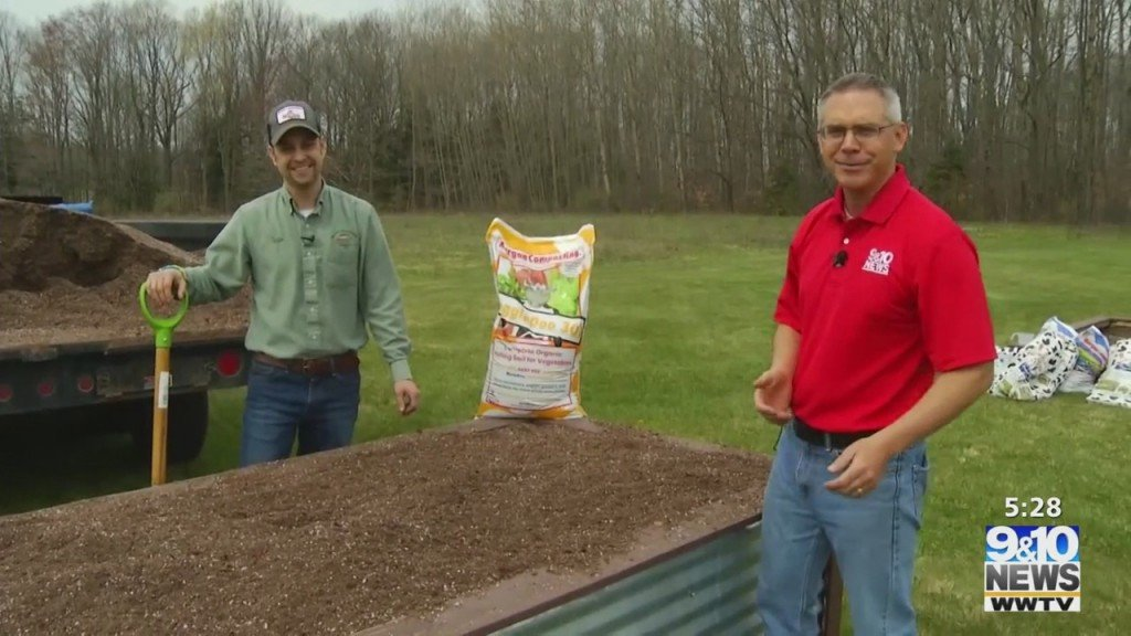 What's Growing With Tom: Preparing The Raised Beds