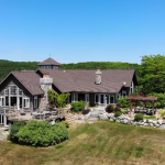 Amazing Northern Michigan Homes: Lake Michigan Frontage in Northport