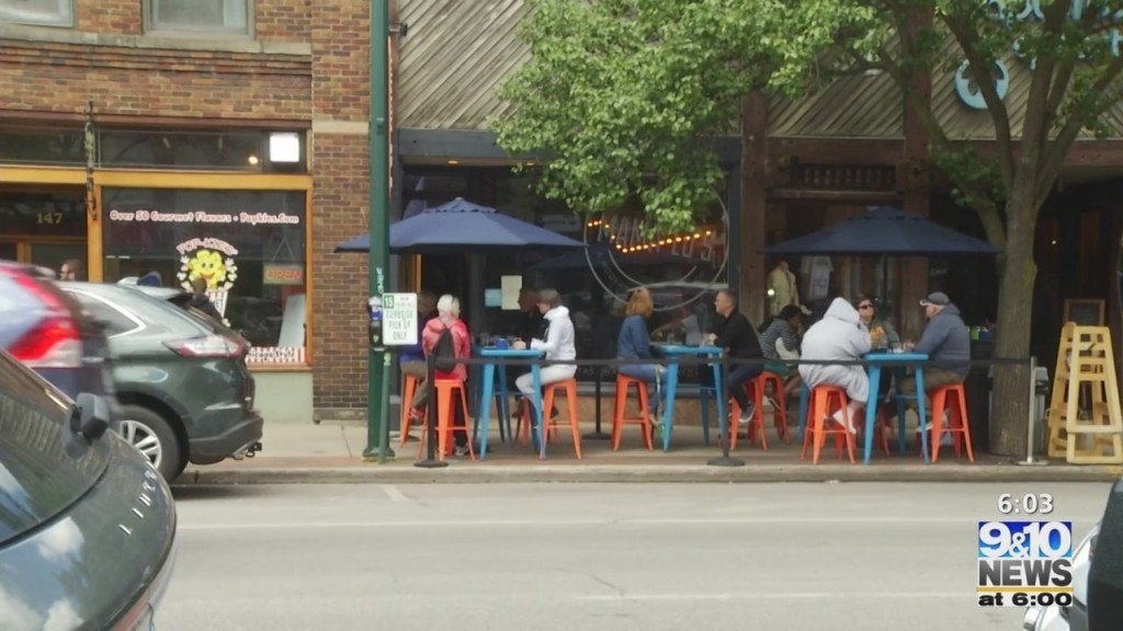 Front Street In Traverse City To Remain Open As Restaurant Restrictions Are Lifted