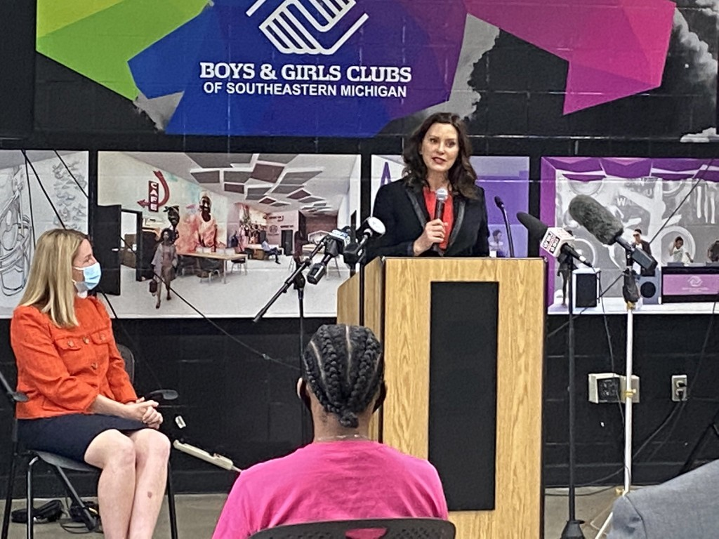 Whitmer Signs Executive Directive, High Speed Internet Easily Accessible