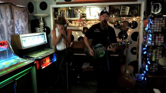 The Four: Friday Sessions On 'the Four': Crosscut Kings Performs 'alarm Clock Blues'