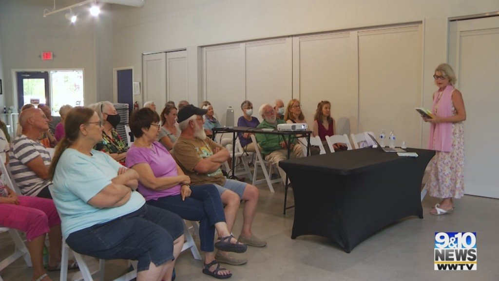 Leelanau Township Library Summer Writer's Series Ends Tuesday Night