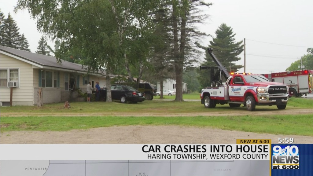 Car In Wexford Co. Crashes Into House