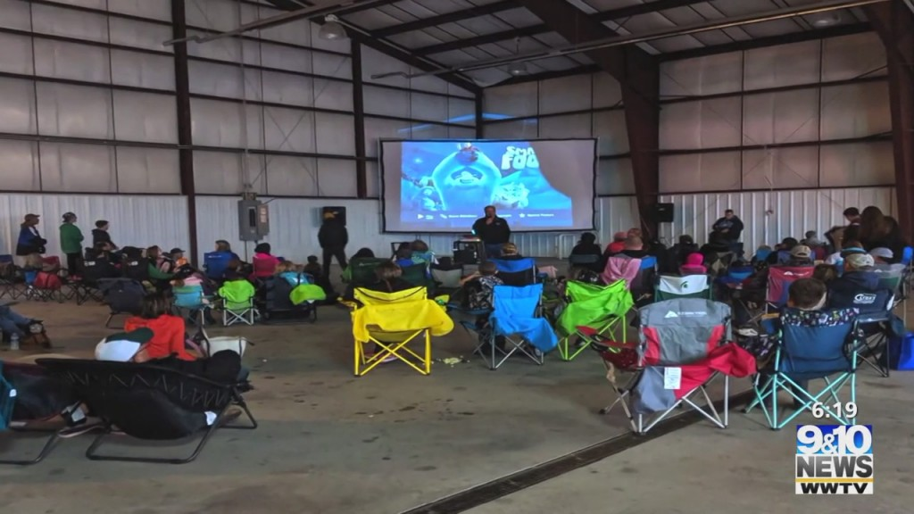 """Soo Pilots Association Hosting """"open House And Movie In A Hangar"""" Night"""