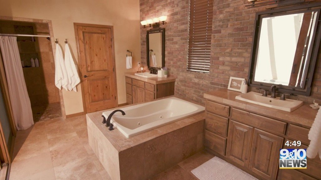 Ask Angi: Remodel Your Bathroom