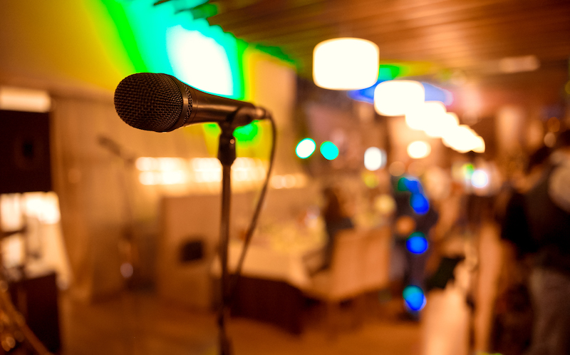 Microphone. Microphone Close Up. A Pub. Bar. A Restaurant. Classical Music. Music.