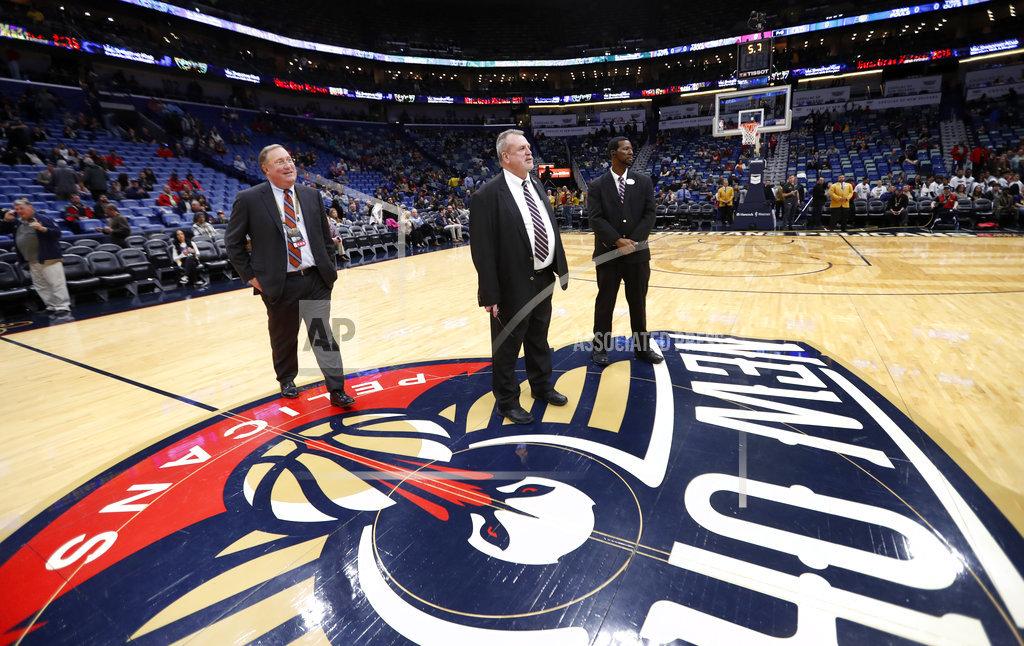 Pacers Pelicans Postponed Over Roof Leak Biz New Orleans