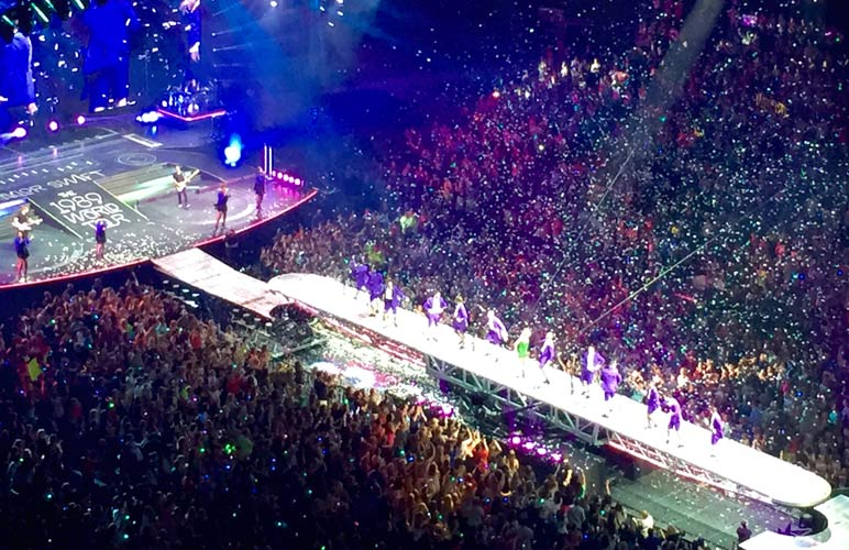 The Cathartic Experience Of A Taylor Swift Concert Charlotte Magazine