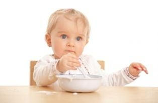Baby Eating Cereal Istock 9291448web 315