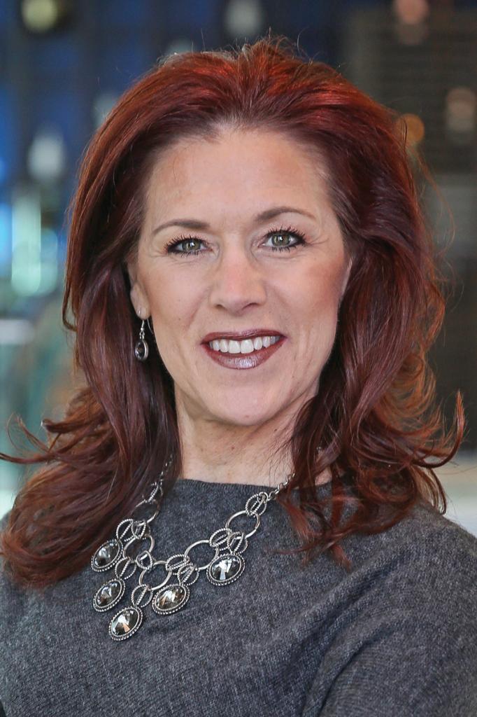 Sarah Cherne Headshot