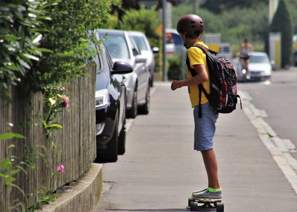 Skateboarding 4340084 1280