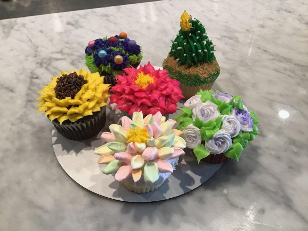 Icing Flower Cupcake Kit