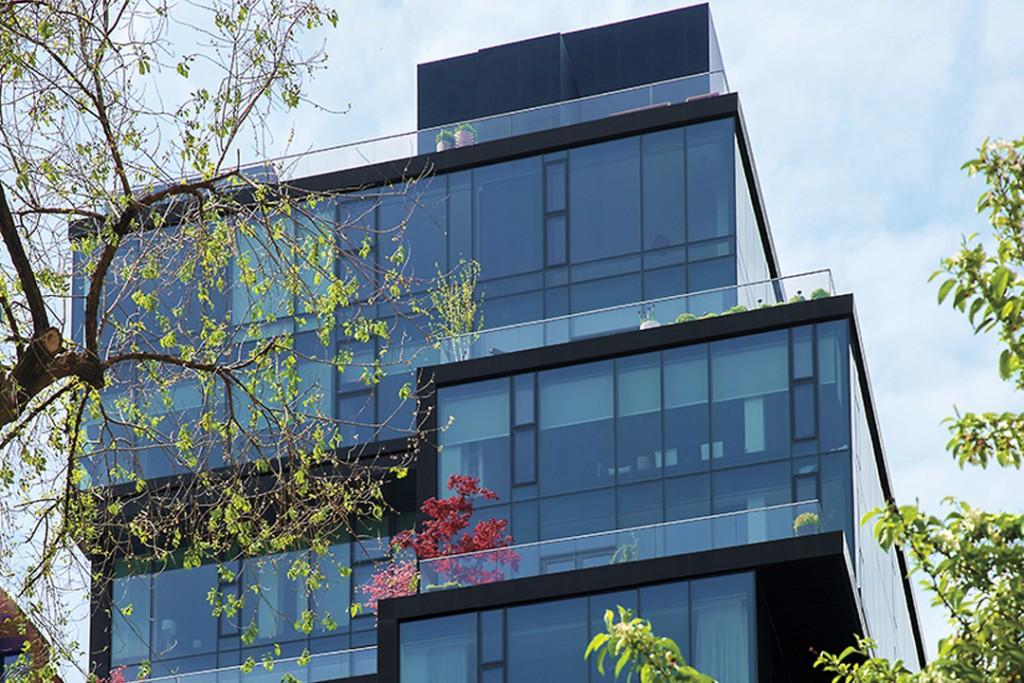 Tour A Union Square West Duplex Penthouse With Glitzy Interiors
