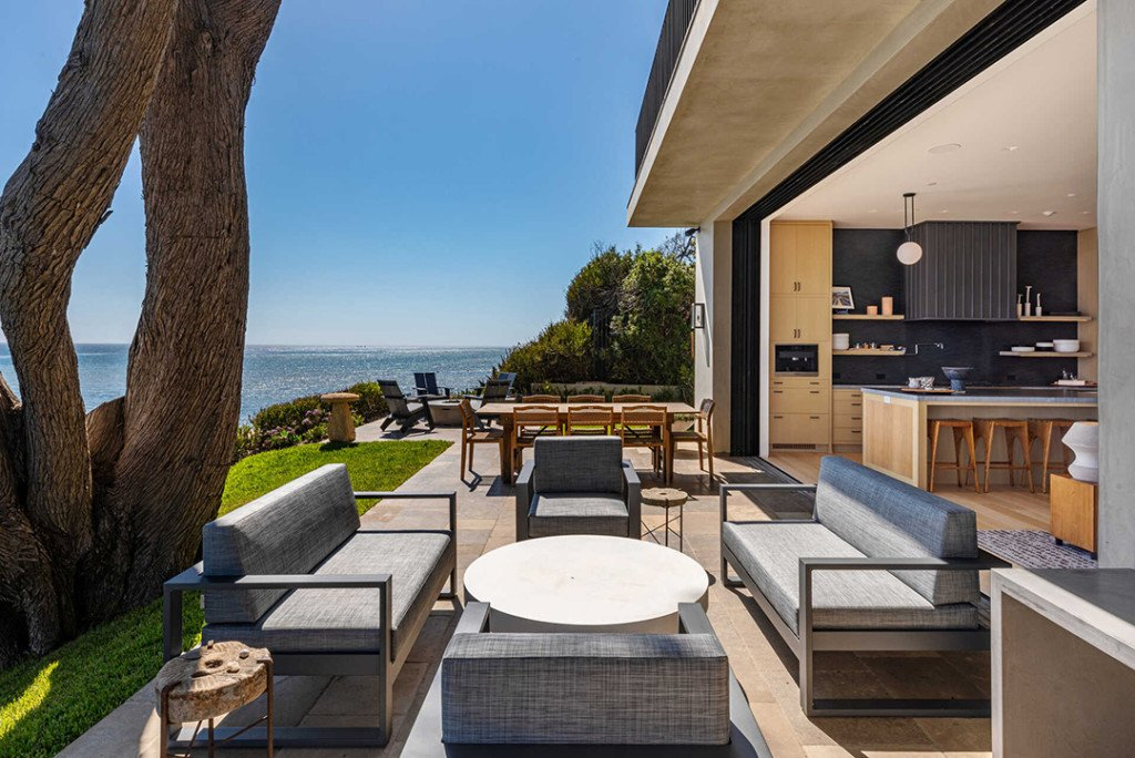 Nicolas Sparks Malibu Home Indoor Outdoor Area