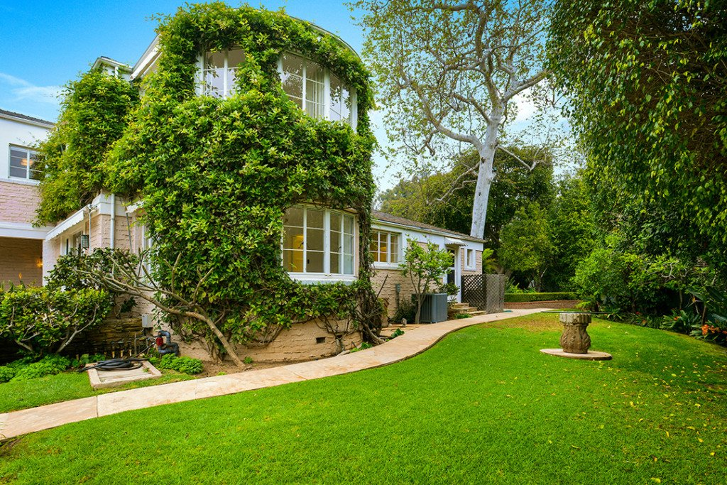Los Angeles home covered in ivy