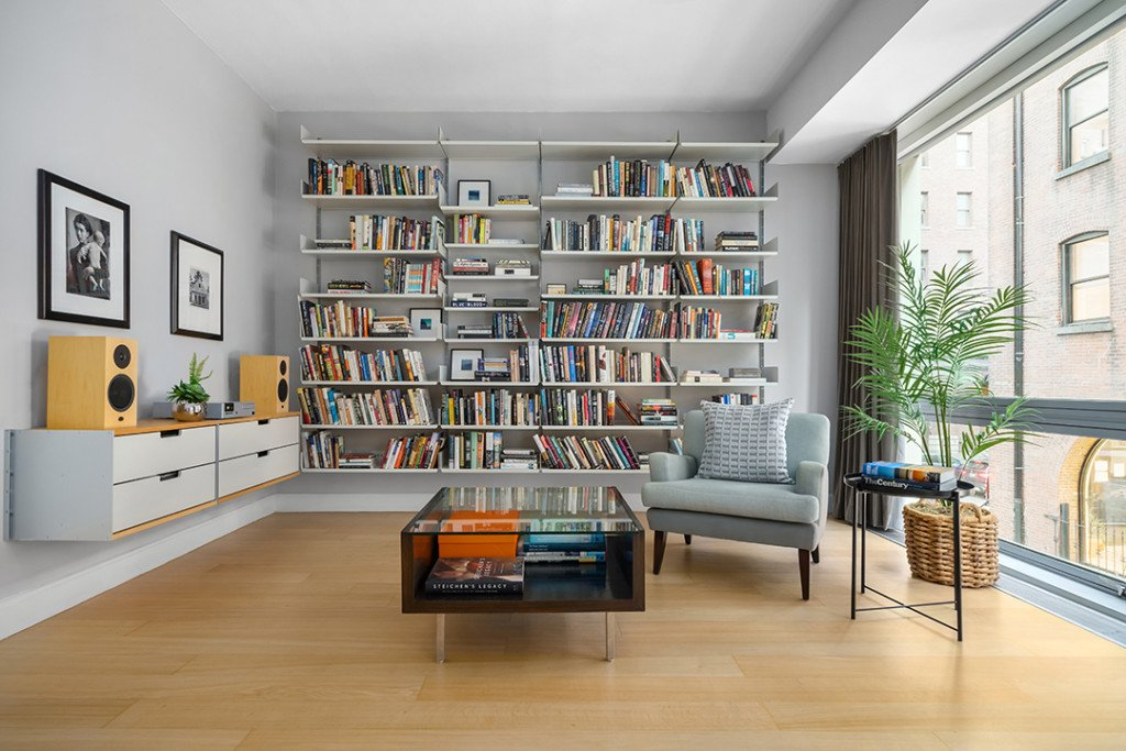 TV-Producer-Posh-Tribeca-Townhouse-Lists-Collister-Street-15M-library