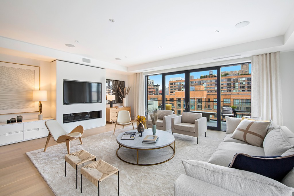 Modern living room in a boutique luxury building in Chelsea, 124 West 16th Street