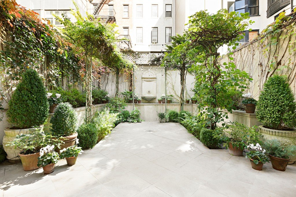 A year round garden in NYC