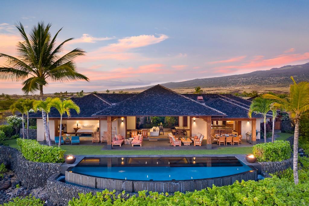 Kohanaiki Hawaiin Estate Back Exterior