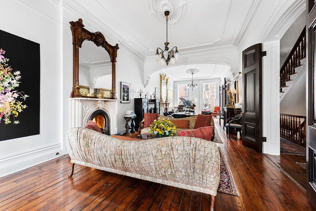 A Circa 1850 Brooklyn Heights Townhouse Brimming With Character Asks 12m Living Room