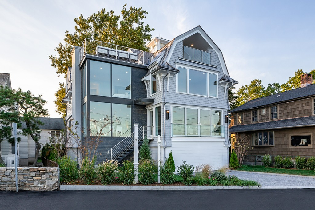 Award Winning Compo Beach Home With Stunning Architecture Asks 5 8m Facade