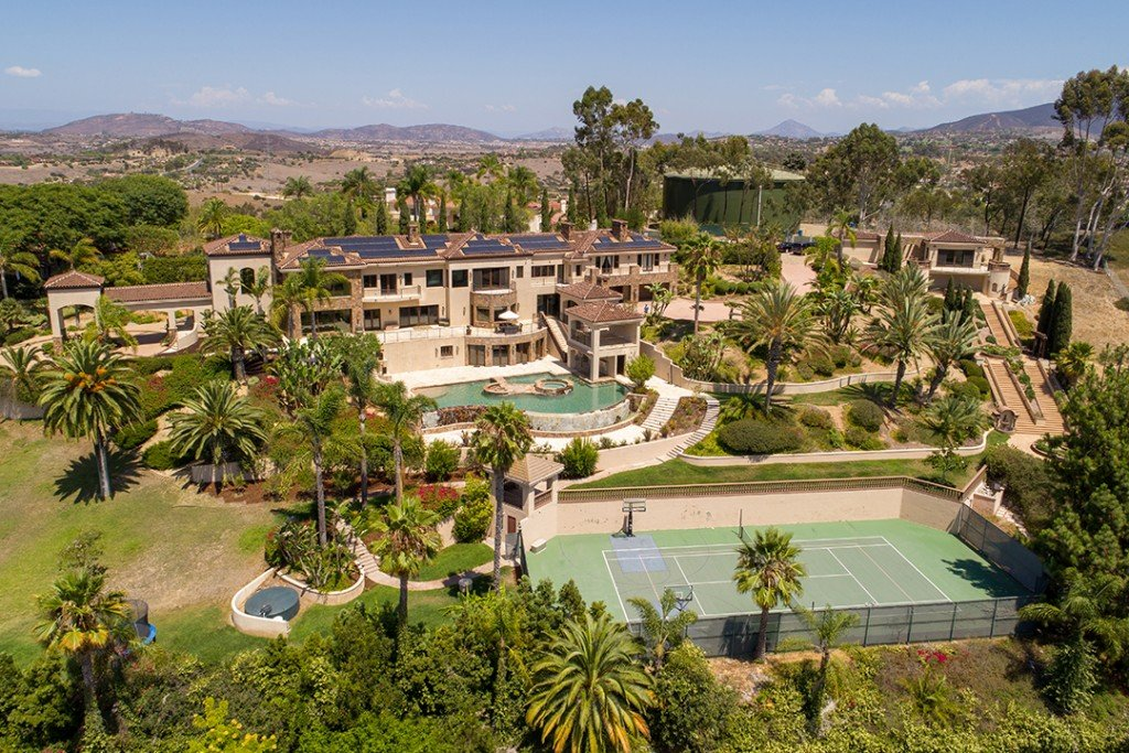 Beach Boy Mike Love Wants 8 7m For Fun Filled Estate In Rancho Santa Fe Aerial
