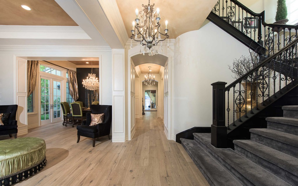 Cheetah Girl Adrienne Bailon Snaps Up A Fierce Calabasas Abode Foyer