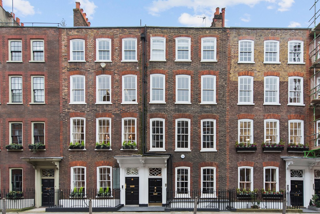 Good American Co Founder Emma Gredes Fashionable London Home Asks 6 8m Exterior